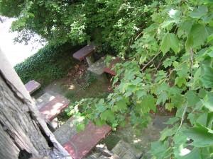 Además de Munto tenemos Katxola ¿Un lapsus inocente?. En la foto antigua terraza de Munto que todavía se conserva