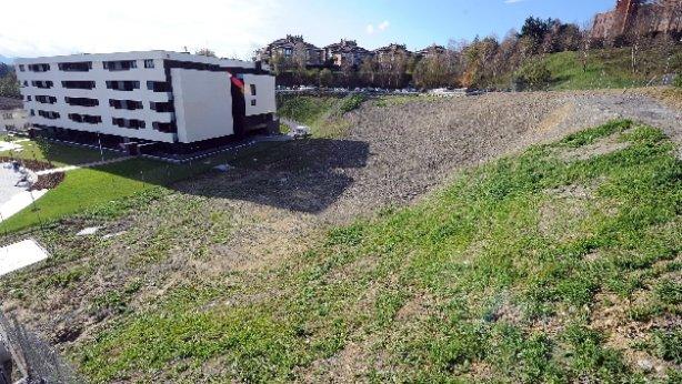 Zona de Hiru Damatxo (antigua vaguada de Puio) donde se construirá la escuela. (Ruben Plaza)