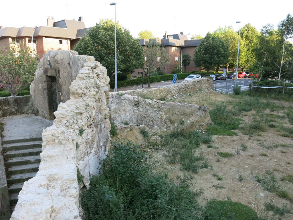 4 ruinas munto