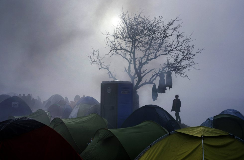 campamento improvisado en la frontera griego-macedonia, cerca de la aldea griega de Idomeni